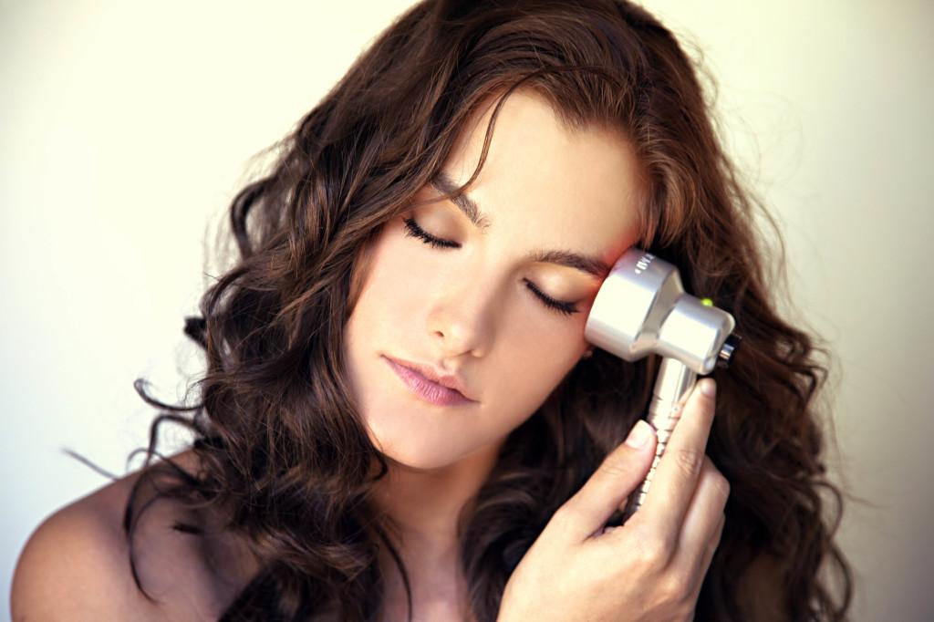 Quasar MD treating eye area
